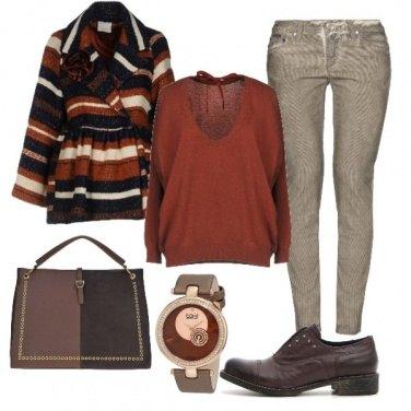 Outfit Toni del marrone per l\'università