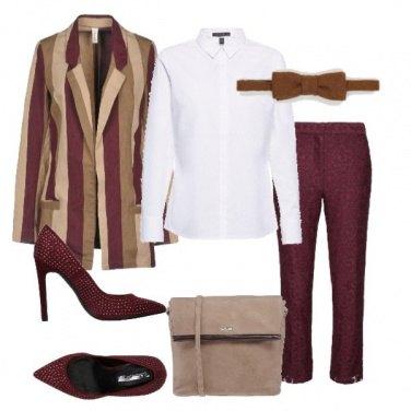 Outfit Righe e papillon