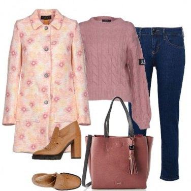 Outfit Fiori sul cappotto