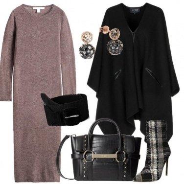 Outfit Mantella e stivaletti
