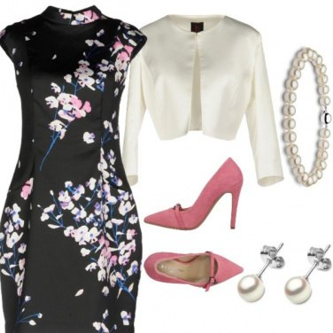 Outfit Giappone in fiore