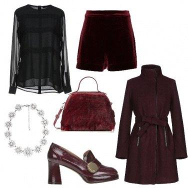 Outfit Shorts in velluto e mocassino con tacco