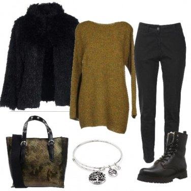 Outfit Shopper mimetica e anfibi