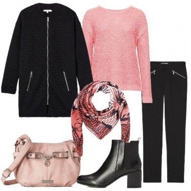 Outfit Nero e rosa