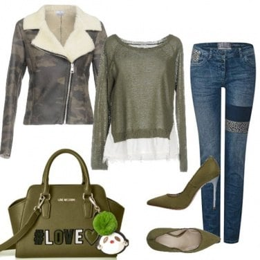 Outfit Military style