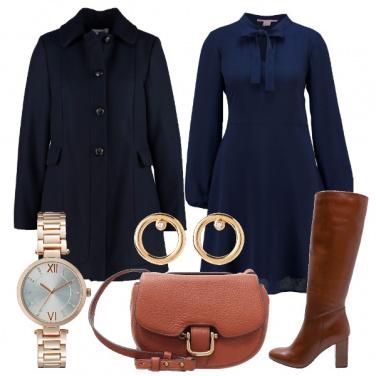 Outfit In blu e cuoio