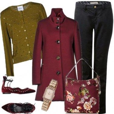 Outfit Il cappottino color ciliegia
