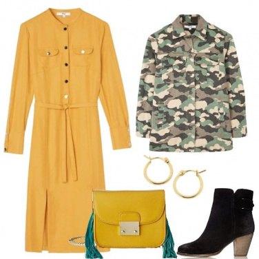 Outfit Giallo metropolitano