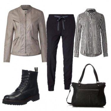 Outfit Nero e righe