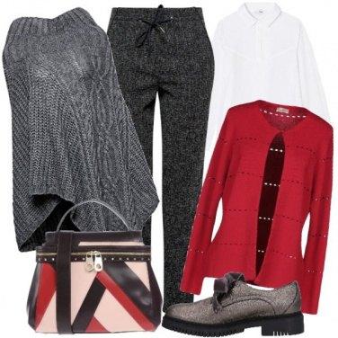 Outfit Borsa tricolor e mantella