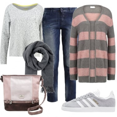 Outfit Cardigan a righe