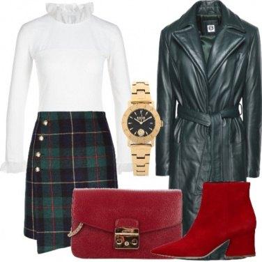 Outfit Verde, rosso e bianco