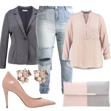 Outfit Delicato grigio e rosa cipria