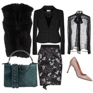 Outfit Gonna con rouches e borsetta glitter