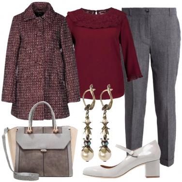 Outfit Bon ton in bordeaux e grigio
