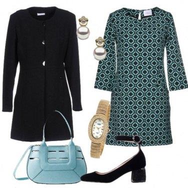 Outfit Fantasia geometrica e cappottino