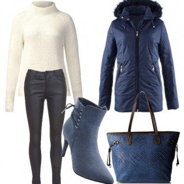 Outfit Bianco glaciale , blu e nero!