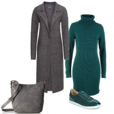 Outfit Comoda in verde e grigio
