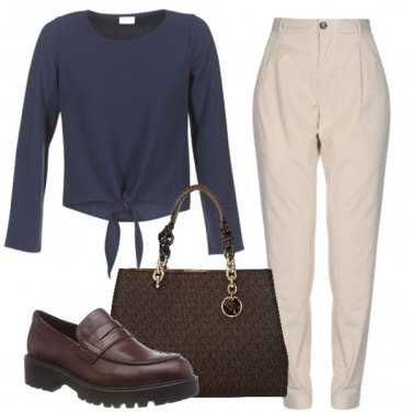 Outfit Neutra