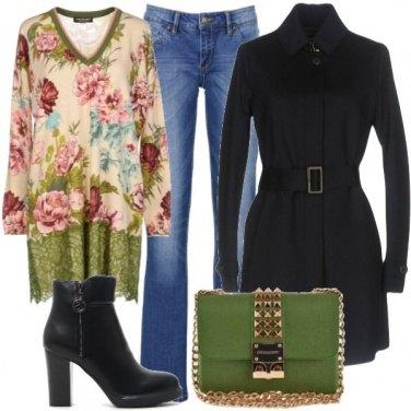 Outfit La blusa a stampa floreale