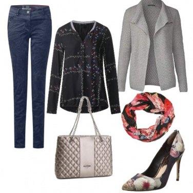 Outfit Elegante con moderazione