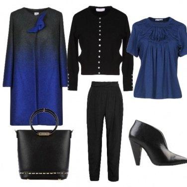 Outfit Il blu sfida il nero