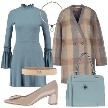 Outfit Vestita di azzurro