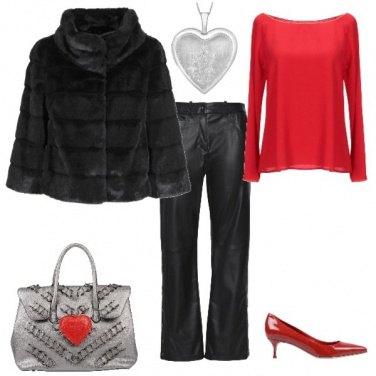 Outfit A cena in rosso e nero