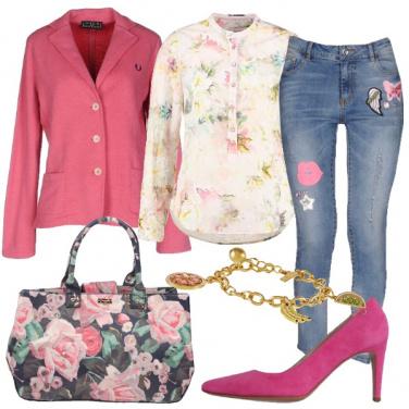 Outfit Romanticamente in fiore