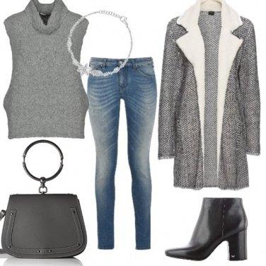 Outfit Martedì grigio