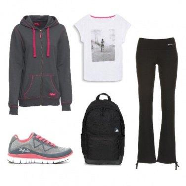 Outfit TSK Sportswear comodo