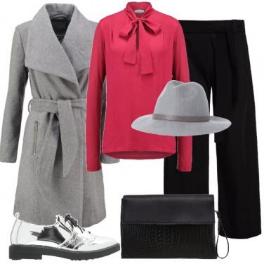 Outfit Fragola grigio e nero