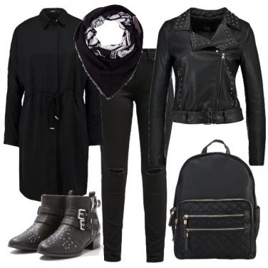 Outfit Nero e borchie