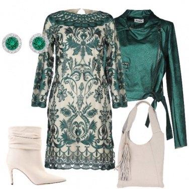 Outfit Verde e avorio