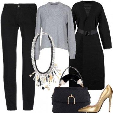 Outfit Nero oro e grigio