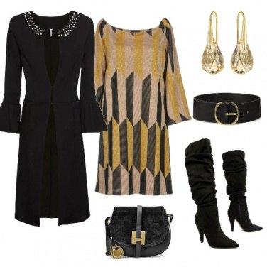 Outfit Stampa 3d e cappottino romantico