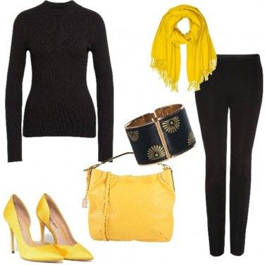 Outfit Decoltè gialle
