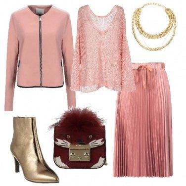 Outfit Stivaletti gold e mood urban