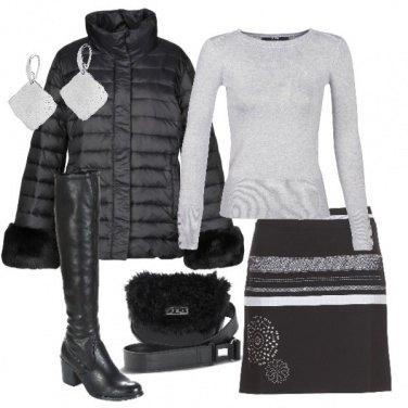 Outfit Dettagli argento e pelliccia