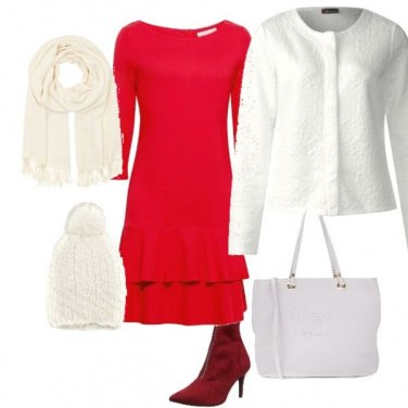 Outfit Natale in bianco e rosso