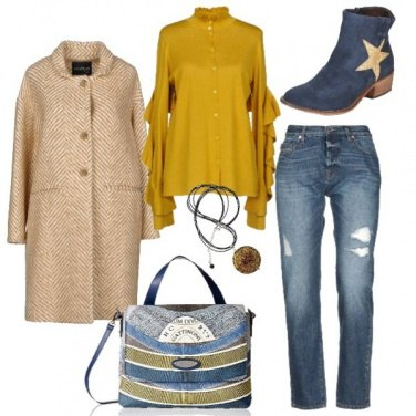 Outfit Ocra e blu