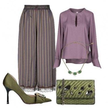 Outfit Verde e lilla