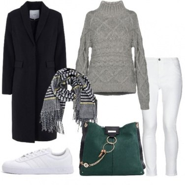 Outfit Jeans bianco sempre perfetto