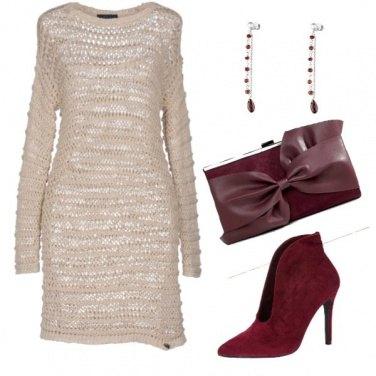 Outfit Avorio e bordeaux