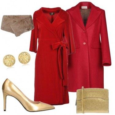 Outfit Natale: rosso e oro