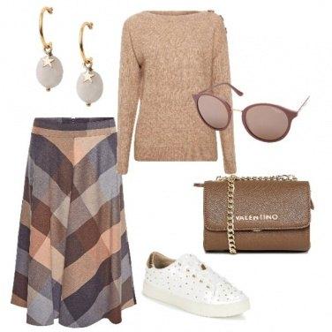 Outfit Quadri e snickers