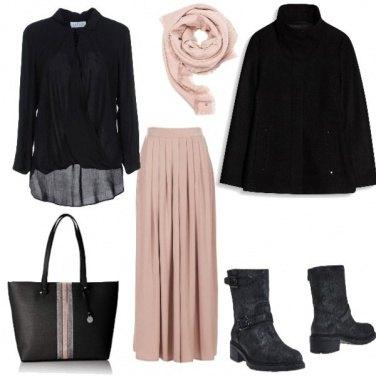 Outfit Gonna lunga rosa pallido