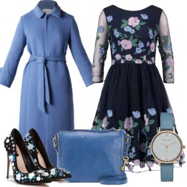 Outfit Romantica in ceruleo