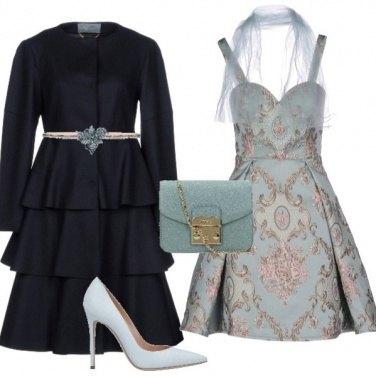 Outfit La cintura sul cappottino