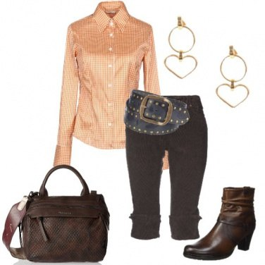 Outfit Cinturone in stile western